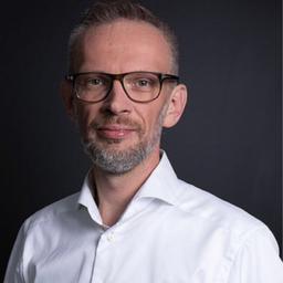 Michael Bieniasz