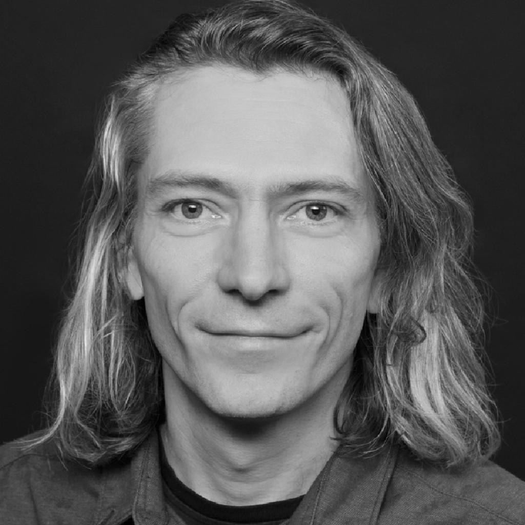 <b>Andreas Gajewski</b> - Sounddesigner, Tontechniker, Komponist - Muvo   XING - alexander-hardt-foto.1024x1024