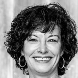 Claudia Mähler - Official Distributor  Lux Schweiz AG - Reiden