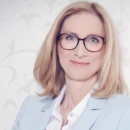 Monika Hüsgen - Management School St.Gallen - Neuss