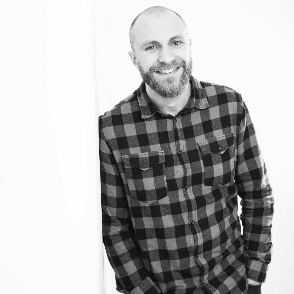 Oliver laudenbach teamleiter online marketing gries for Das depot niedernberg