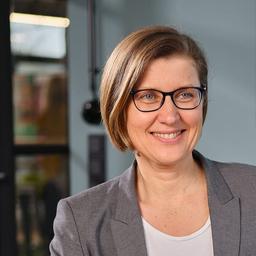 Simone Bull - Bull - Marketing - Gütersloh