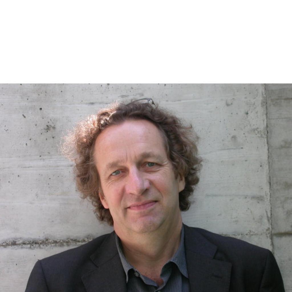 Peter hofmann planungsleiter generalplanung implenia ag xing - Hoffmann architekt ...