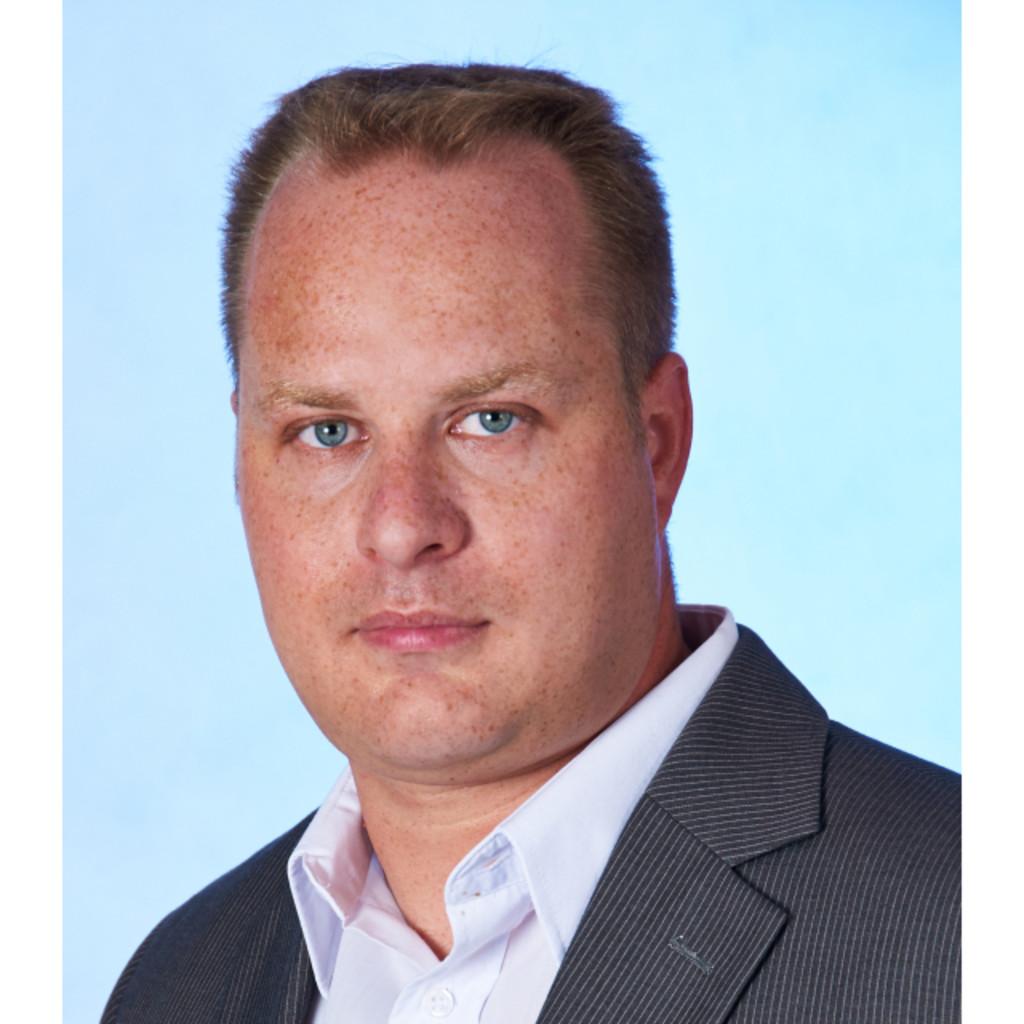 <b>Robert Preuhs</b> - Business Coach - AFZ Aus- und Fortbildungszentrum Rostock ... - robert-gl%C3%A4ntz-foto.1024x1024