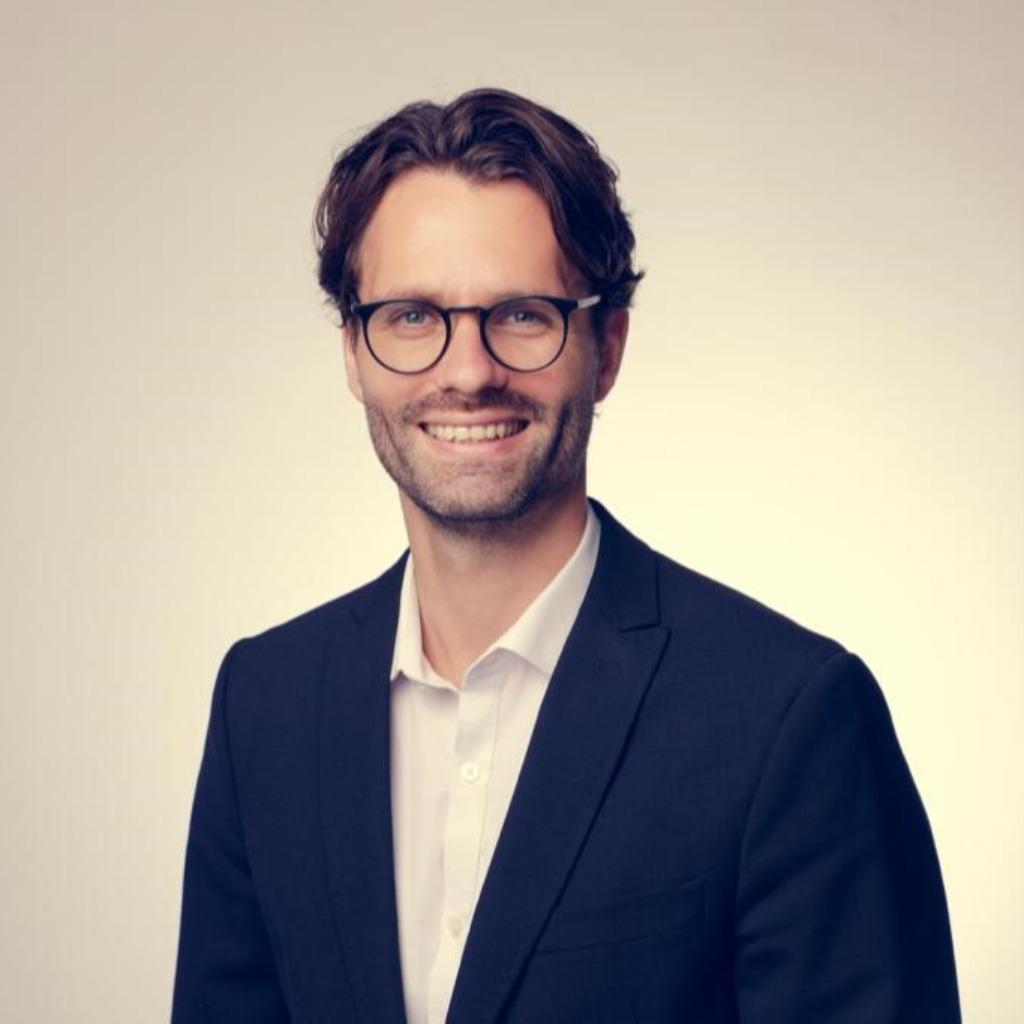 Christopher siebe junior consultant glc gl cksburg for Junior consultant