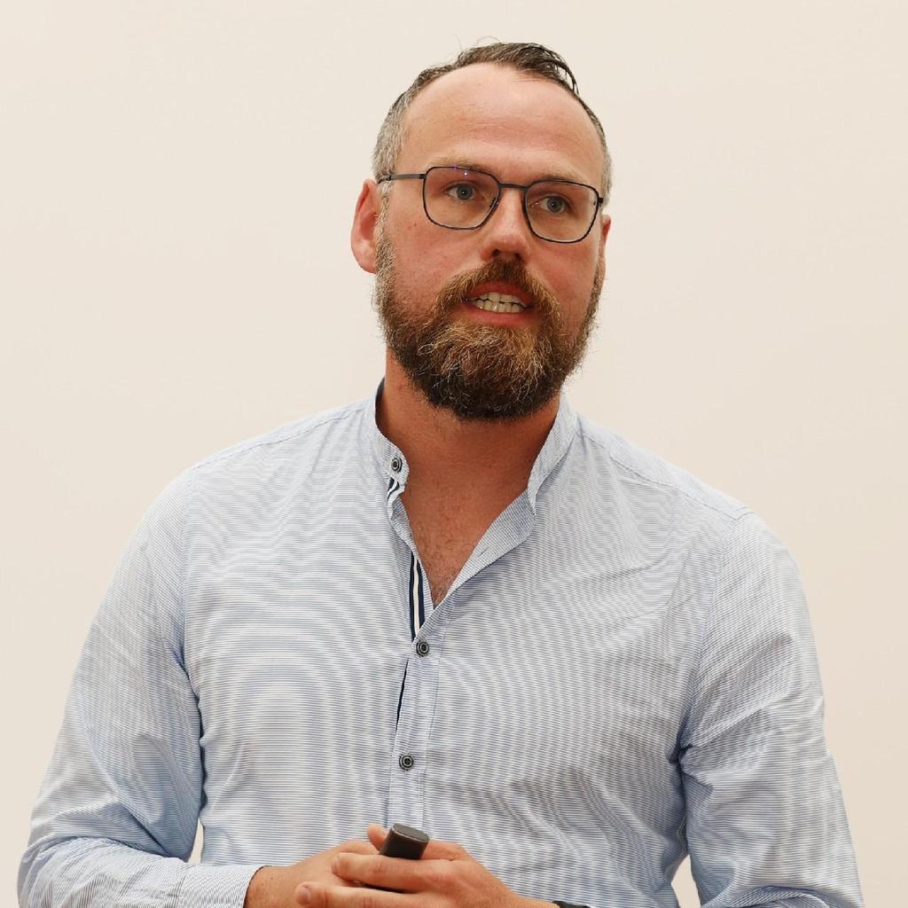 Michael Meier - Vertriebsleiter Abteilung Vodafone PA - Drewes Electronics ...