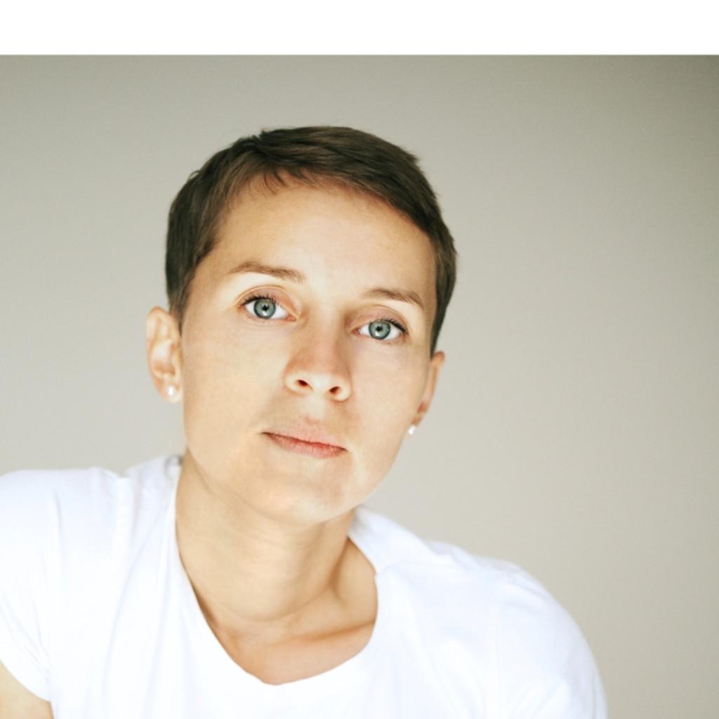 Natalia grott mess inhaberin modedesigner grome for Modedesigner frankfurt