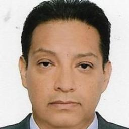 Prof. Manuel Sulca - Laboratorios Blufstein - Lima