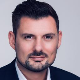 Christoph Hoenig's profile picture