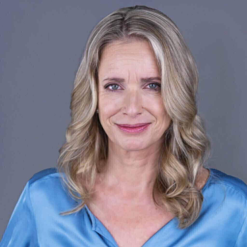 <b>Christiane Kallenbach</b> - Systemischer Coach, Beratung im Gesundheitswesen, ... - anke-breiter-foto.1024x1024