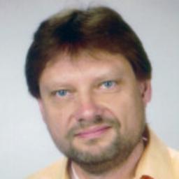 Thomas Neumann - Empolis Information Management GmbH - Bielefeld
