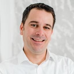 Dr. Ralf Wierich
