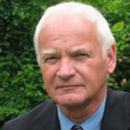 Dr Helmut Egger - - ec -   egger - consulting - Mödling