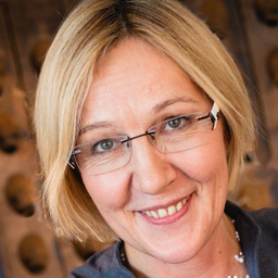 Verena Fleischmann - Coaching Training Speaking Mediation - Gerolsbach