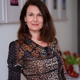 Karen Albath's profile picture