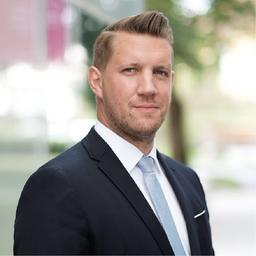 Benjamin Lahann - Deutsche Bank AG - München