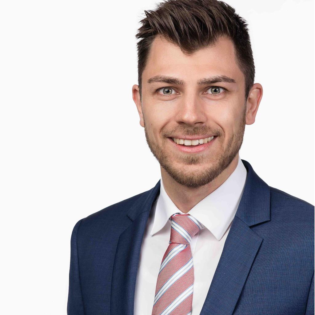 Valerio ferruggia versicherungs und vorsorgeberater for Versicherung mobiliar