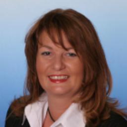 Karin mayer filialdirektorin deutsche bank privat und for Deutsche bank nurnberg