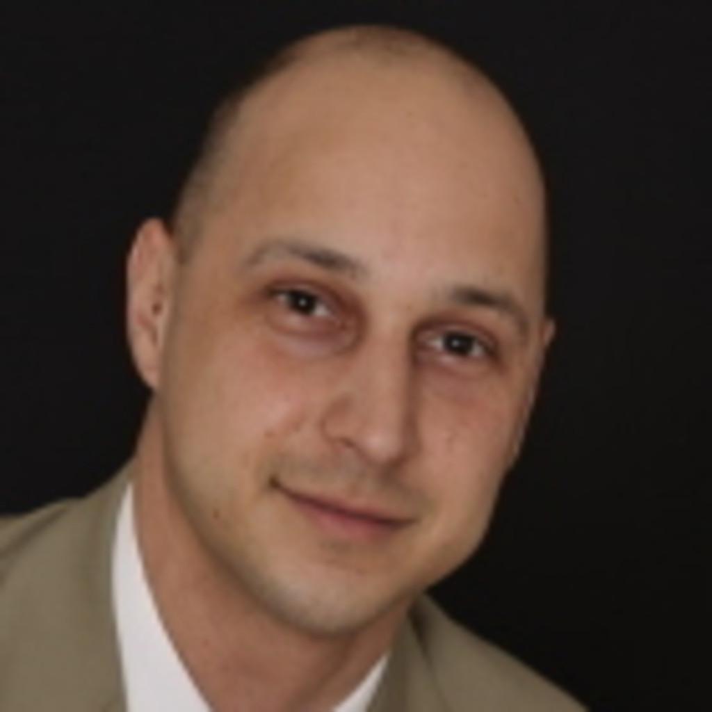 <b>Andreas Dressler</b> - Fertigungsplanung - Piezocryst Advanced Sensorics ( AVL) ... - rodrigo-jos%C3%A9-consentino-foto.1024x1024