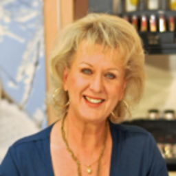 Maria Tange