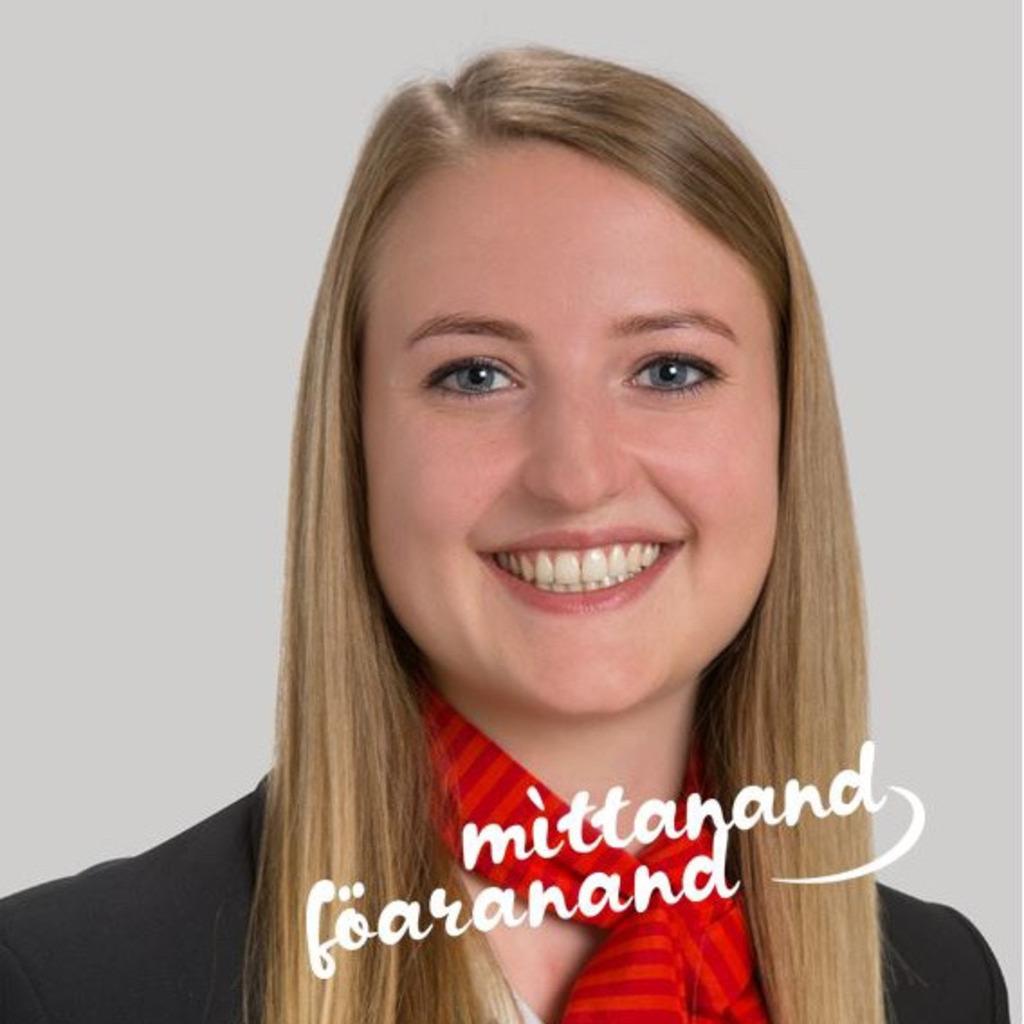 Luzia Hutter Mitarbeiterin Service Raiffeisenbank