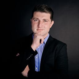 Dennis Bach's profile picture