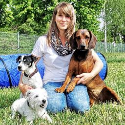 Claudia Kürschner - Hundeschule Hunde-Alarm, Web: www.Hunde-Alarm.de - Leipzig-Kleinpösna