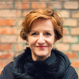 Dr. Andrea Zehetner