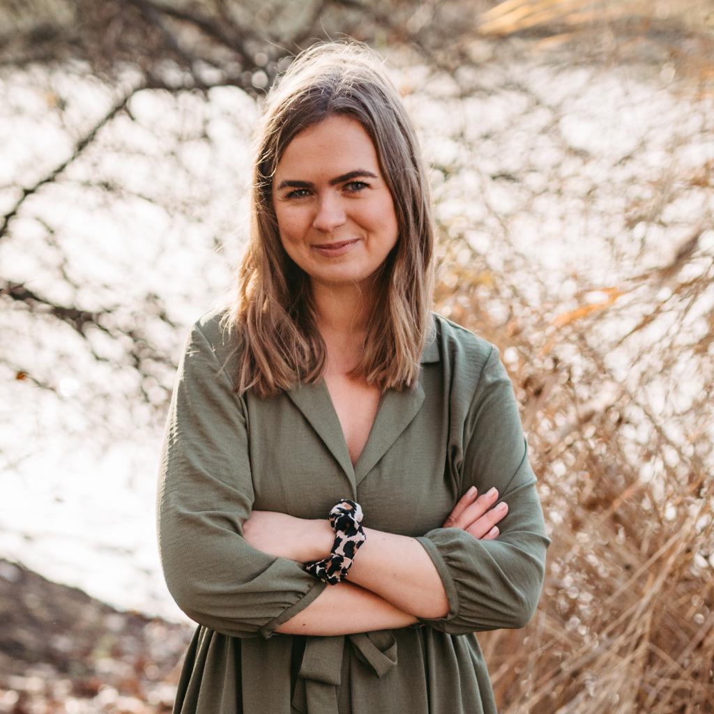 Anna Zimmermann Social Media Community Managerin