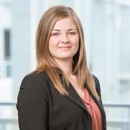 Julia Schmidt - DB Management Consulting - Deutsche Bahn AG