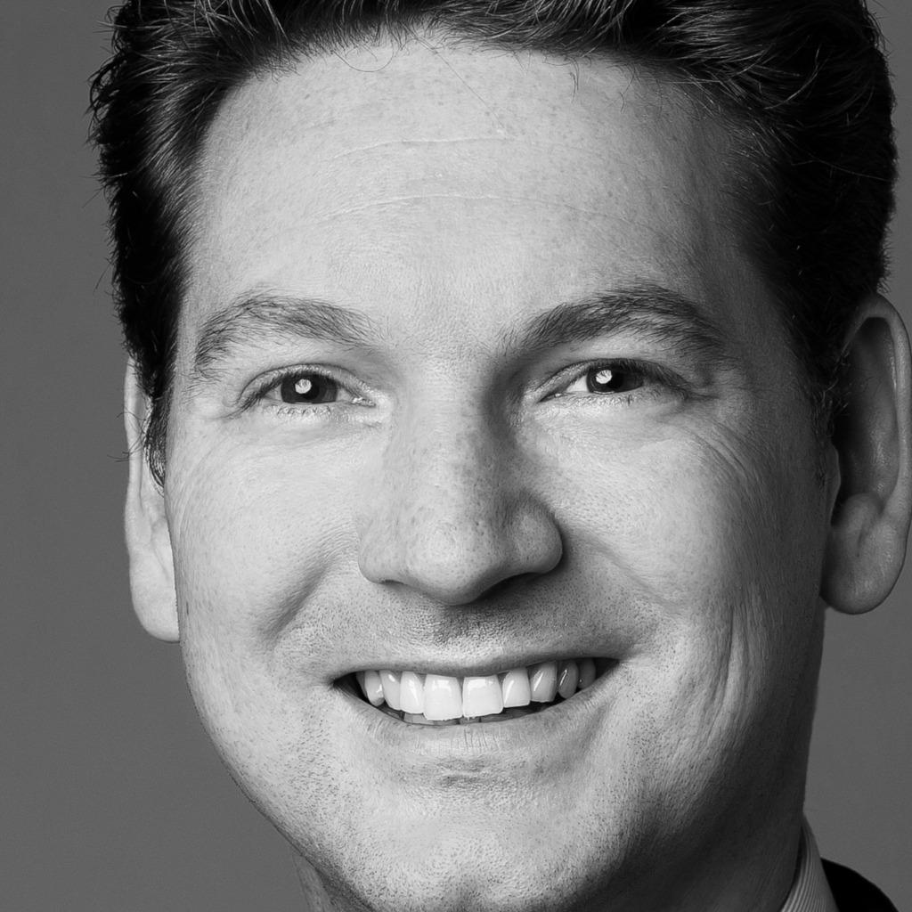Steffen Thiel - Versicherungsfachwirt - Aixvers