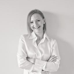Sandra ganster gesellschafterin gesch ftsf hrerin g for Buero zwo design