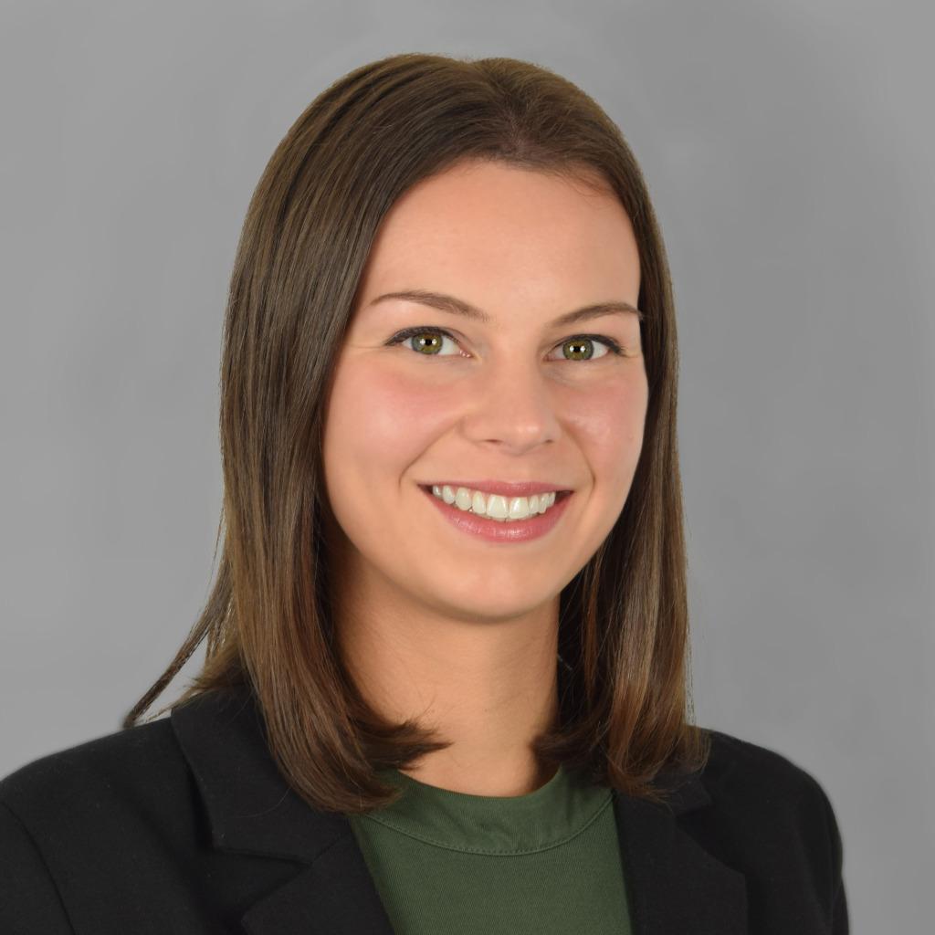 Nadine Voll - Digitale Medienproduktion - Hochschule