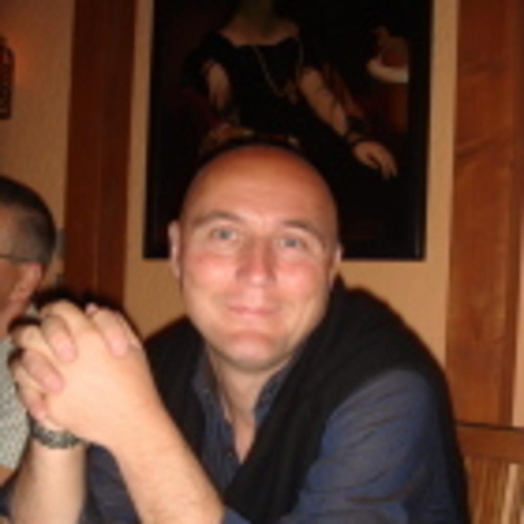 Dr. Bernd Hartmann - Chefarzt - ukb   XING