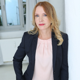 Dipl.-Ing. Livia Pápay - primavia agentur für print, web & identity - Rostock