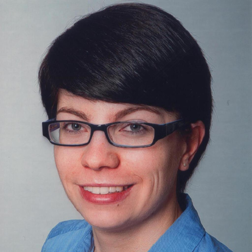 Claudia Stenke