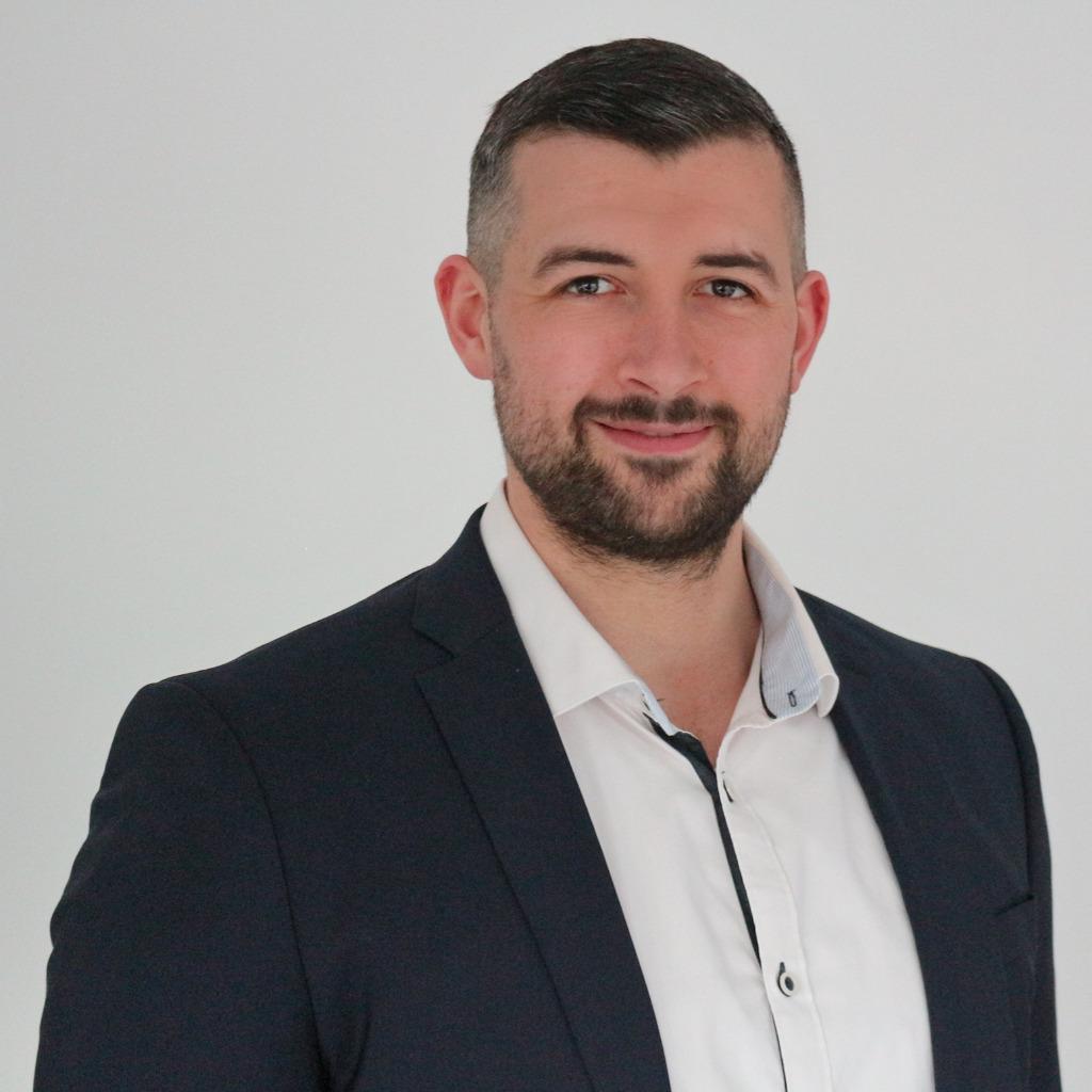 ^ Michael Belschak - Geschäftsführer - Bien-Zenker GmbH ING