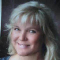 Nicole koch head of research recruitment lippert for Koch oberhausen