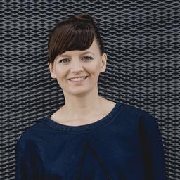 Ilona Kuboth - SHAKEN not STIRRED  Consulting GmbH&  Co. KG - Hamburg