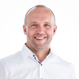 Dirk Heuzeroth's profile picture