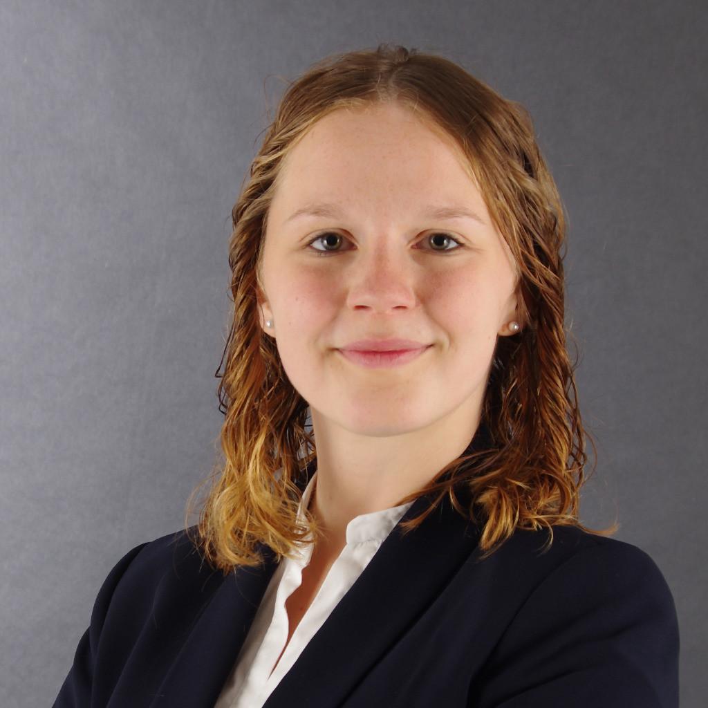 Annika Schmitz - Junior Manager Research & Development ...