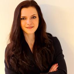 Louisa Bülow - GET AHEAD Executive Search GmbH - Hamburg