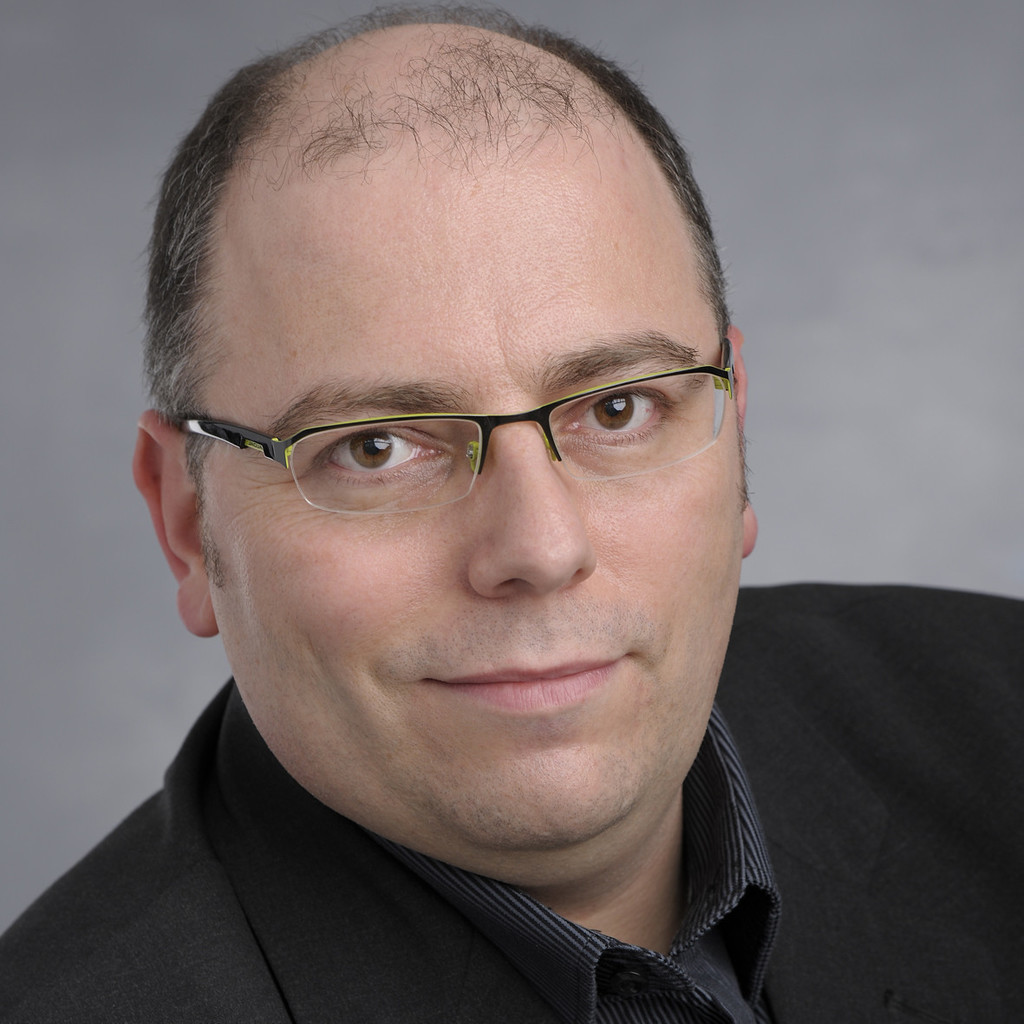 <b>Matthias Schneider</b> - Leiter Packungsgestaltung - Migros-Genossenschafts-Bund ... - matthias-schneider-foto.1024x1024