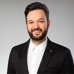 Adrian Deck's profile picture