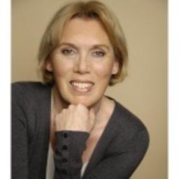 Ursula Kronenberger - living-crossmedia GmbH & Co KG - München