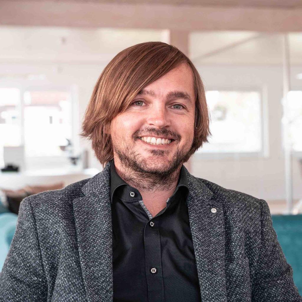 Adrian Mühl - Geschäftsführer - MVZ Dr. Lütge GmbH   XING