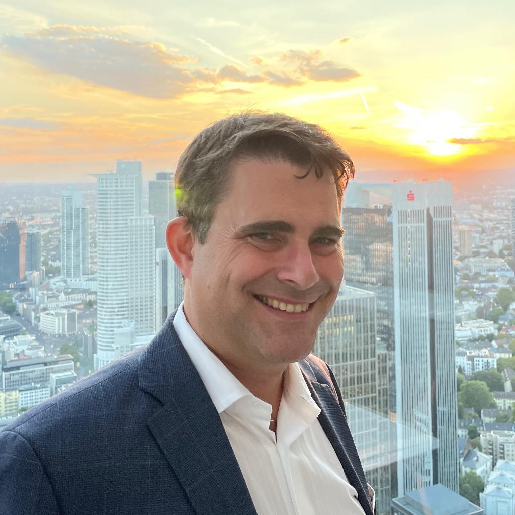 Dr. <b>Moritz Moeller</b>-Herrmann - Senior Corporate Counsel / Prokurist - FIS ... - moritz-moeller-herrmann-foto.1024x1024