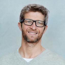 Christian Mießner - YOGAMOUR Yoga Videos & Reisen - München