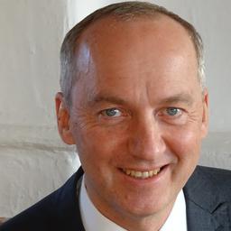 Dr. Peter Novy - AM ASSIST KG - Graz