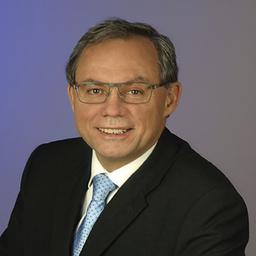 Dr. Udo Gennari